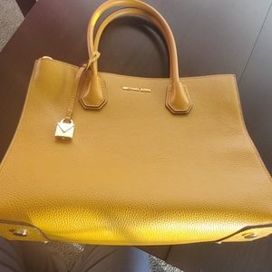 Michael kors Mercer Large Pebbled leather Tote Bag